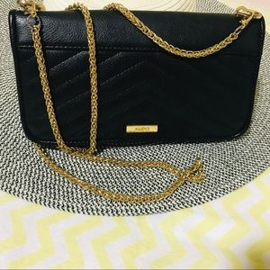 Crossbody pursue/wallet
